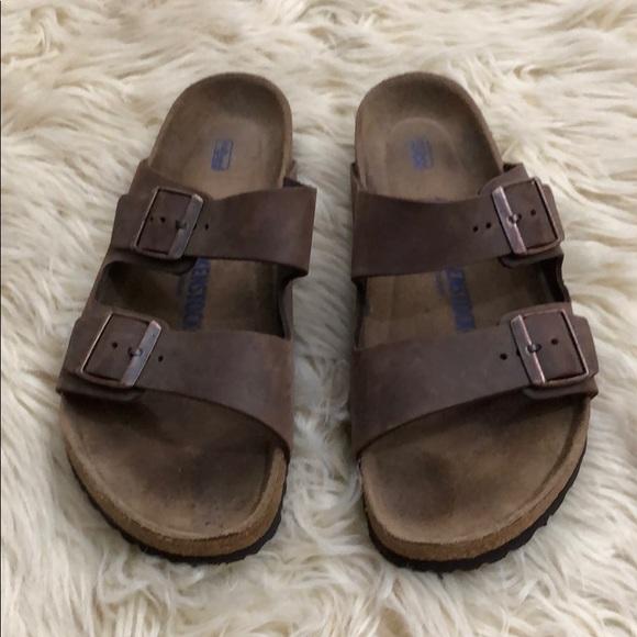 8fd3b78d2f7e BIRKENSTOCK  Arizona  oiled nubuck leather sandals